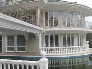VIP-отель-дача для Вашей семьи приглашает на отдых в Алупке!