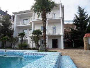 Пансионат и апартаменты в Ливадии- любимое место отдыха на ЮБК братьев Кличко