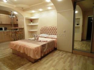 Однокомнатная квартира - студия на ул.  Щербака