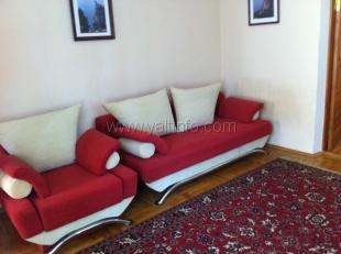 Двухкомнатная квартира в тихом районе Ялты