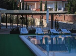 Домашний уютный отель с бассейном в Ливадии у моря