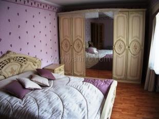 Двухкомнатная квартира на ул. Грибоедова
