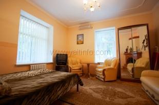 Стильная однокомнатная квартира на Севастопольской