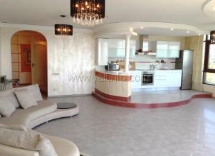 Четырёхкомнатные апартаменты-Люкс в элитном жилом комплексе