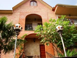 Четырёхкомнатне апартаменты в особняке в Массандре