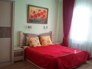 Однокомнатная квартира с лоджией на Севастопольской
