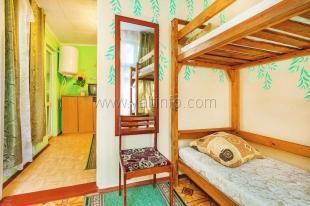 Бюджетный уютный хостел с садом в Севастополе