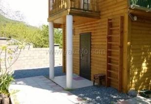 Двухэтажный дом-сруб в Форосе